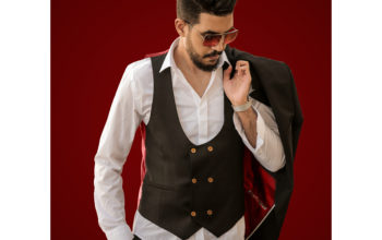 "Young ""Youssef Chreiba"" seniorjo from the world of money to the blogger and expert in fashion"