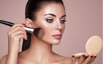 5 Makeup-Application Tips for Pale Skin
