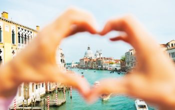 Most romantic cities in the world to visit with your BAE