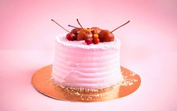 Pros and Cons of Online Cake Delivery
