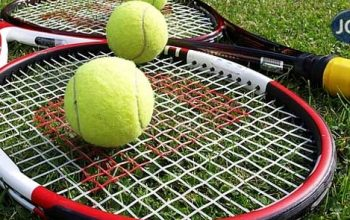 5 Reasons Why Football is Better than Tennis