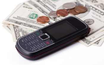 5 Tips for Lowering Your Cell Phone Bill