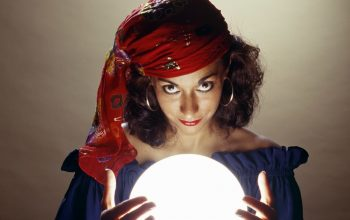 Best Questions To Ask During a Psychic Reading Online