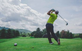 What are the Health Benefits Associated with Playing Golf?